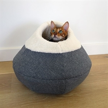 Igloo Cosy Cat Cave